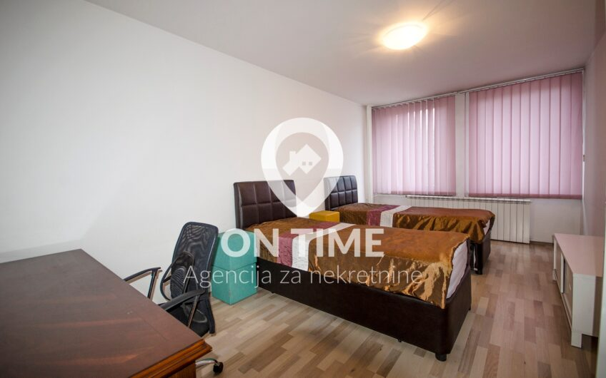 Trosoban namješten stan, Marijin Dvor, 58 m2