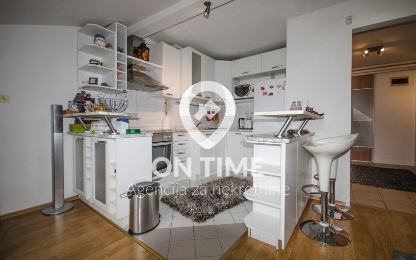 Dvosoban namješten stan, Grbavica, 56 m2