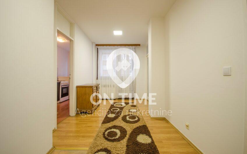 Dvosoban  i namješten stan, Alipašino Polje, 55 m2